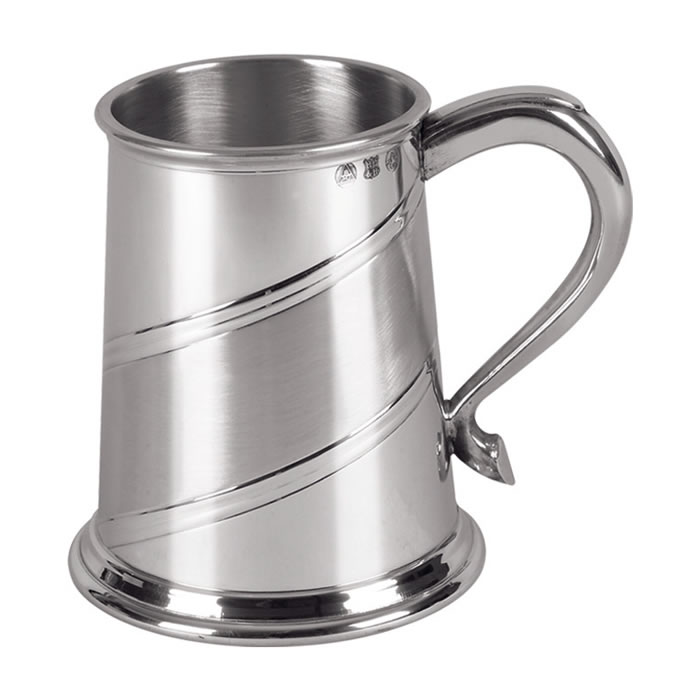 Diagonal Line Patterned Pewter One Pint Tankard