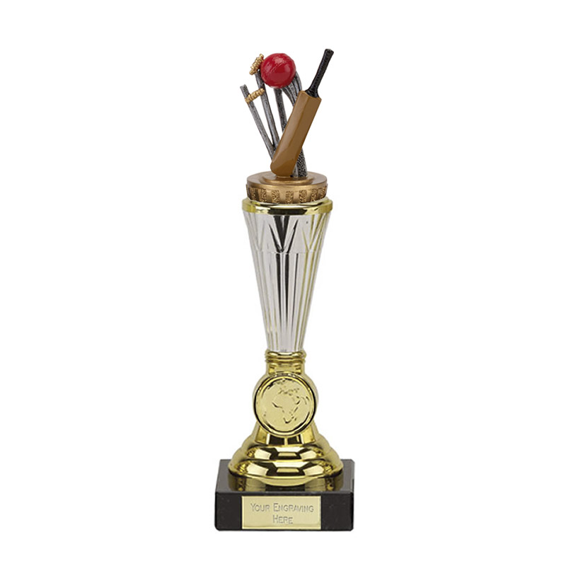 23cm Cricket Figure On Cricket Paragon Award