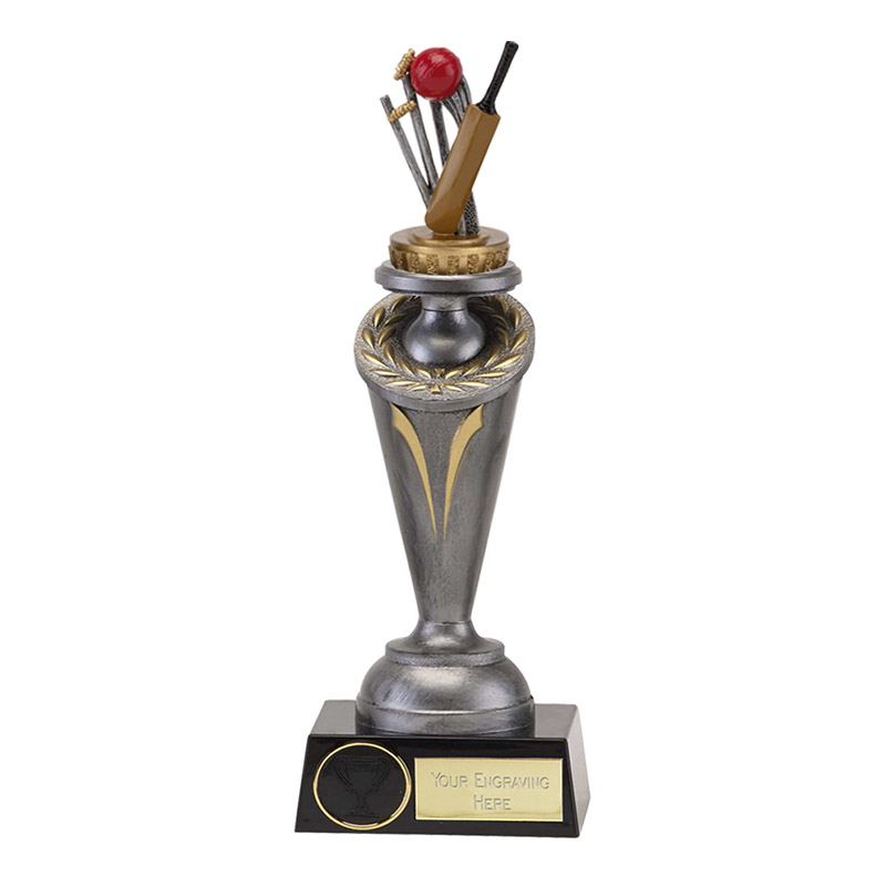 22cm Cricket Figure On Cricket Crucial Award