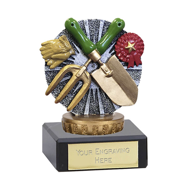 4 Inch Gardening Figure on Gardening Classic Award