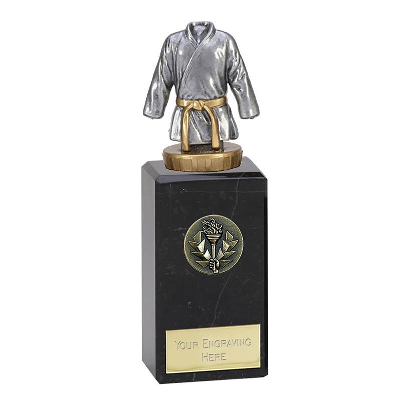 18cm Martial Arts figure on Classic Award