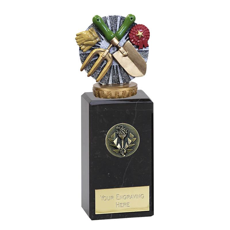 18cm Gardening Figure On Classic Award