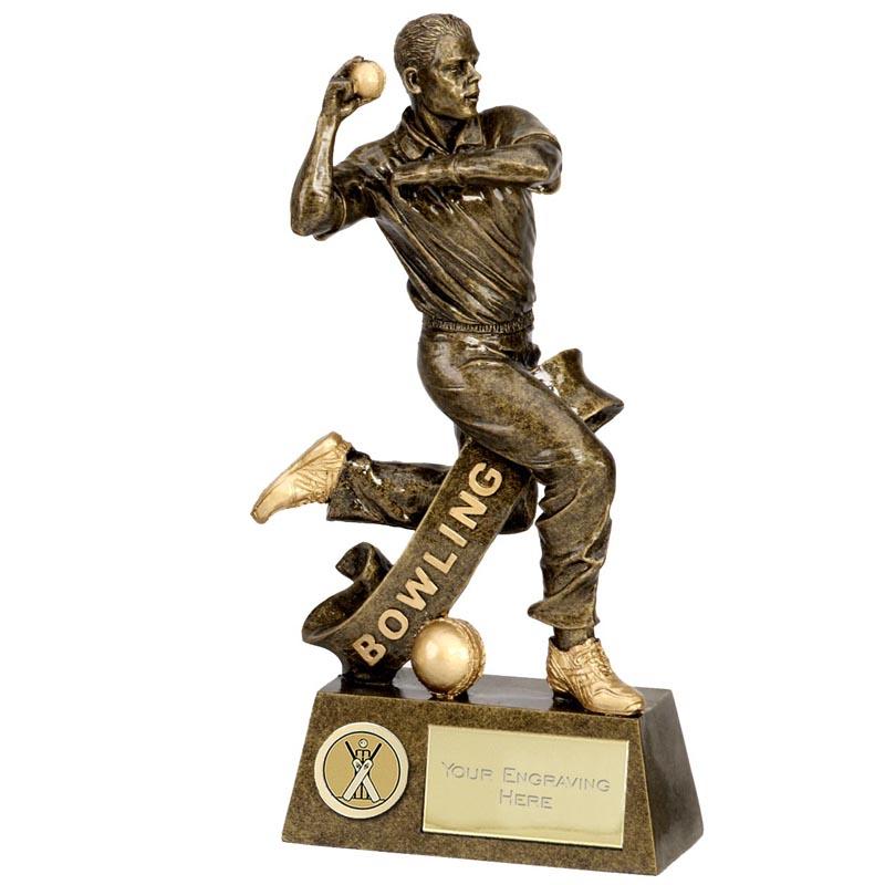 6 Inch Bowler Cricket Pinnacle Statue