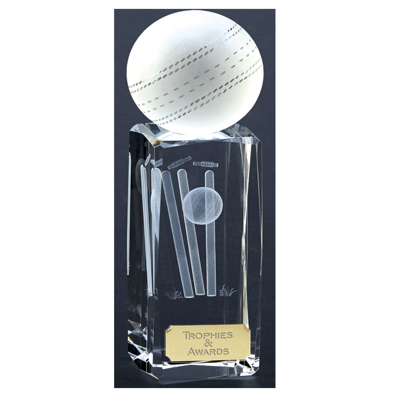 7 Inch Laser Detailed Ball & Wicket Cricket Saturn Crystal Award