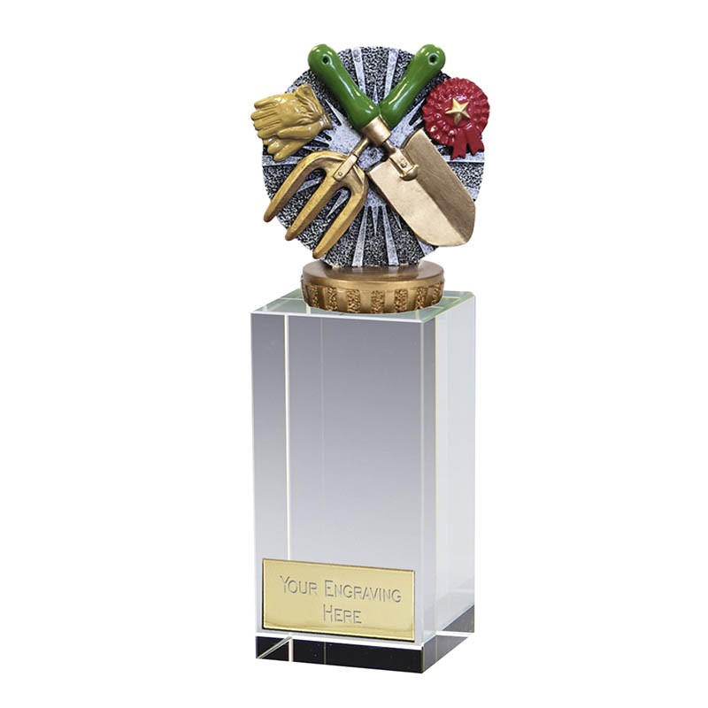 17cm Gardening Figure on Gardening Merit Award