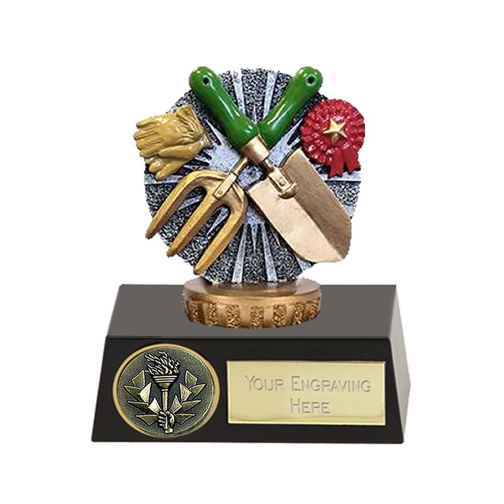 11cm Gardening Figure on Gardening Meridian Award