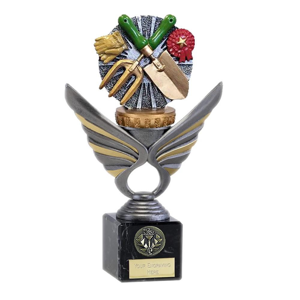 21cm Gardening Figure On Pegasus Award