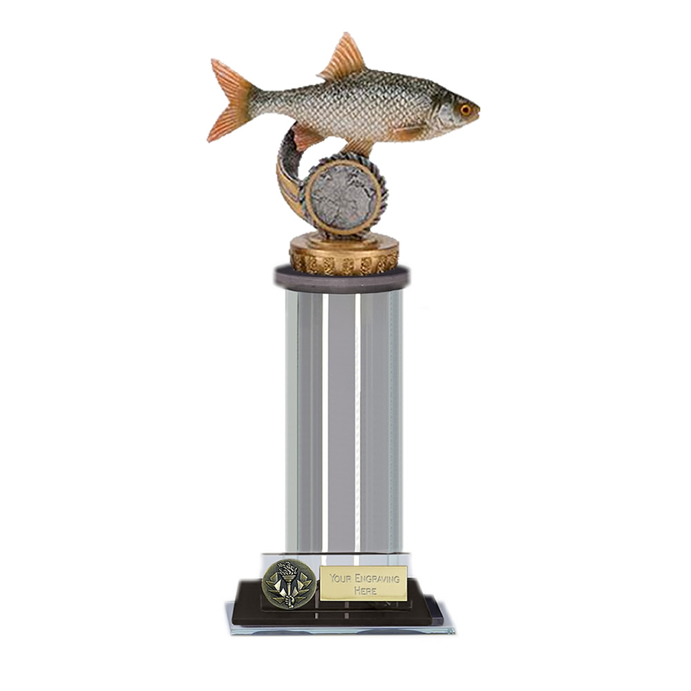 22cm Fish Roach Figure on Fishing Trafalgar Award